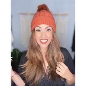 Classic Cable Knit Pom Pom Beanie in Rust